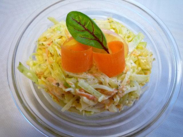 Coleslaw-kaalisalaatti