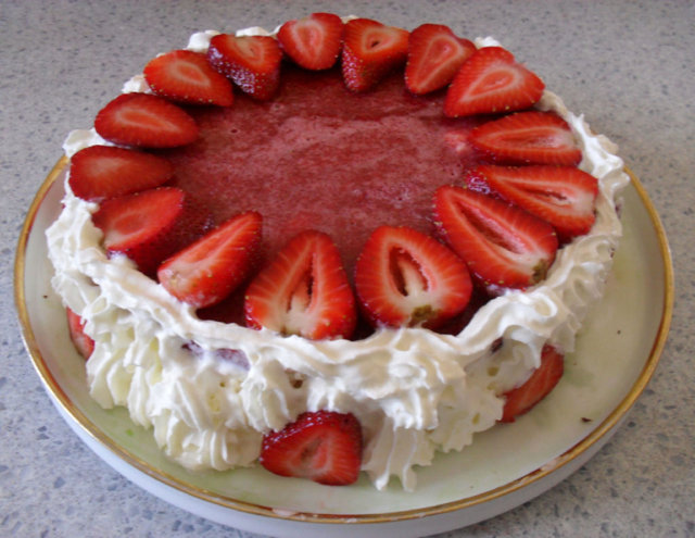 Mansikka-juustokakku / Strawberry Cheese Cake 3