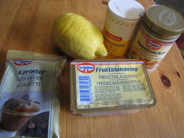 Reseptikuva: Hedelmäinen maustekakku 4