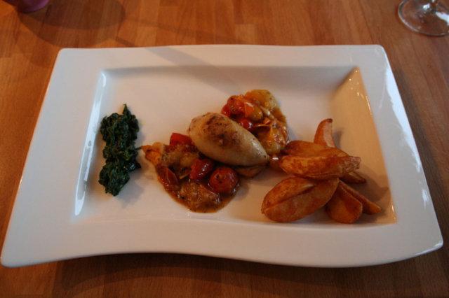 Reseptikuva: Pekonitäytteiset mustekalat tomaattikastikkeessa 1