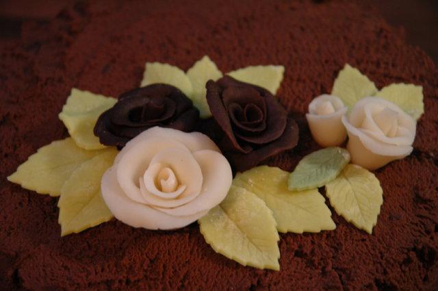 Mansikka-suklaakakku 5