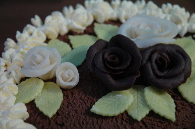 Mansikka-suklaakakku 6