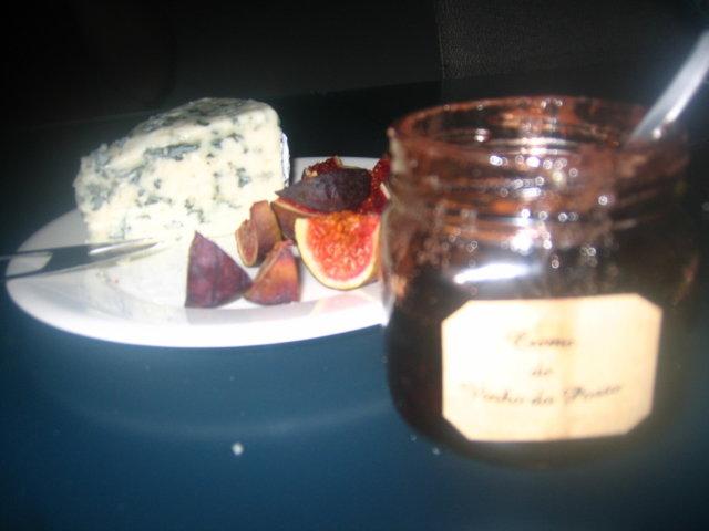 Klassinen juusto-viiniyhdistelmä 2