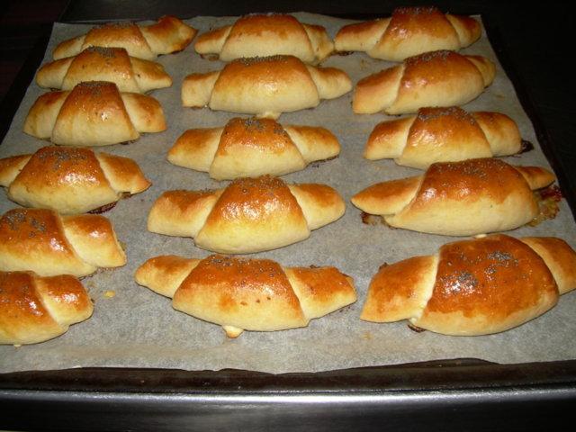 Täytetyt juustosarvet 2