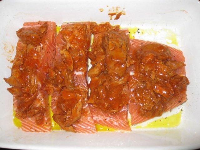 Uunilohta tomaattitonnikalalla 3