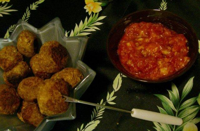 Reseptikuva: Intialaiset soijapullat & dippikastike 1