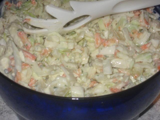 Reseptikuva: Juustoinen kaalisalaatti 1