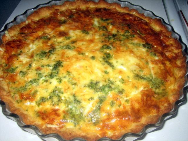 Reseptikuva: Kielenvievä juusto-kinkkupiiras 6