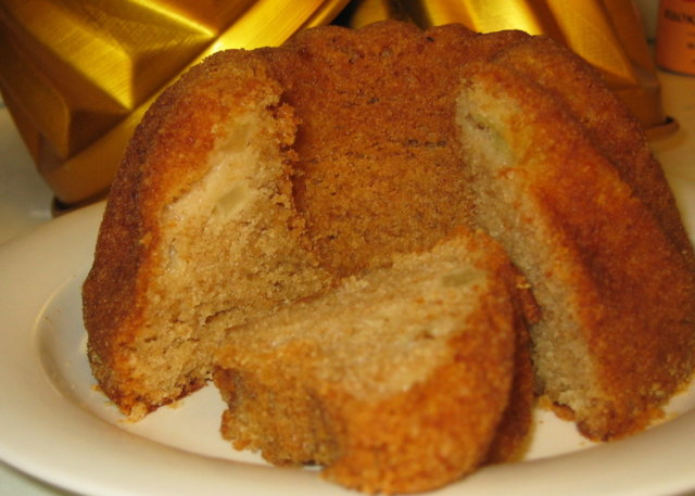 Ikioma mehukas kuivakakku;o) + muffinssit
