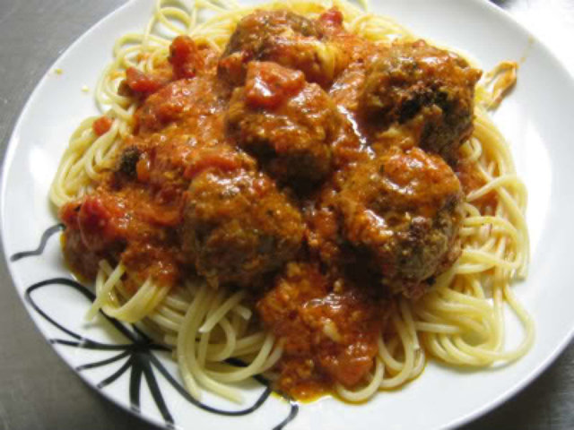 Reseptikuva: Jamie Oliverin parmesan-mozzarella lihapullat 1