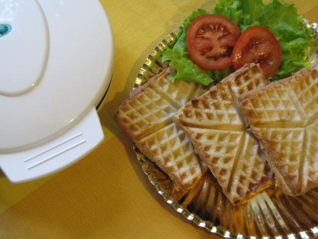 Reseptikuva: Vohveliraudalla voileipiä 2