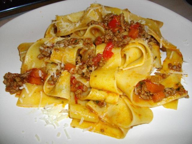 Tomaattinen Jauhelihakastike 1
