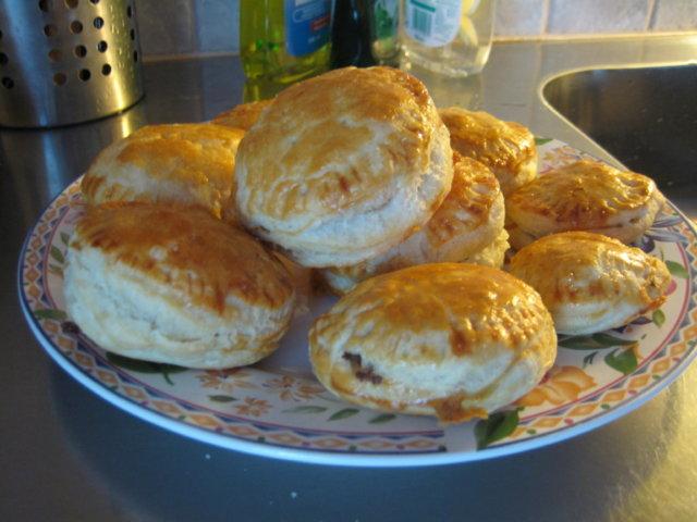 Jauheliha-Riisi Pasteijat 1