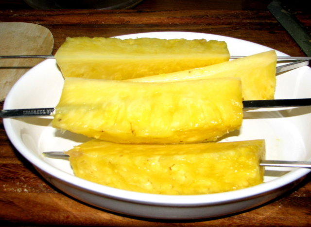 Grillatut AnanasVartaat 3