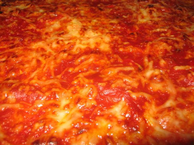 Sisilialainen neliöpizza Brooklynin malliin