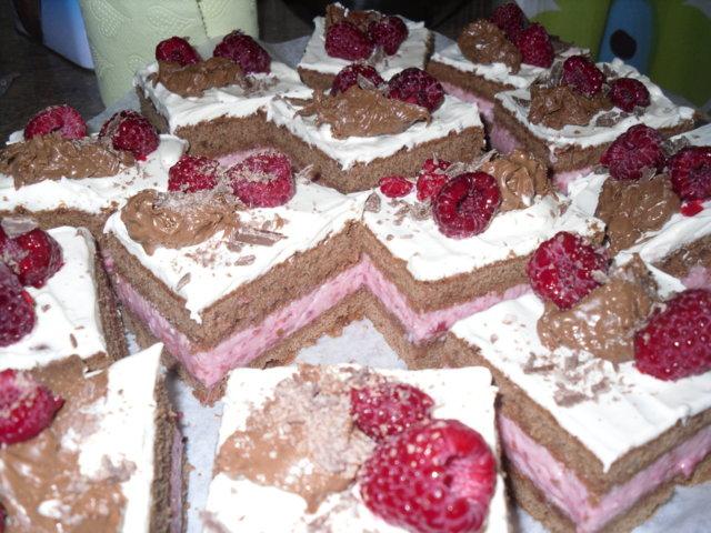 Vadelma-suklaaneliöt 1