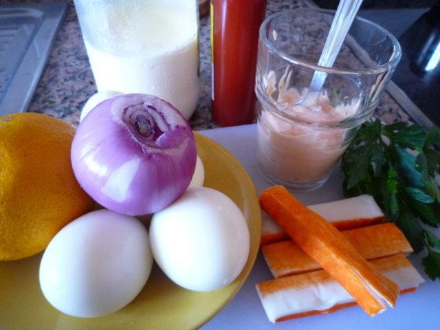 Surimilla täytetyt munat (20.5.10) 2