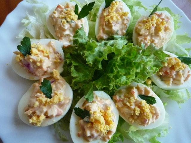 Surimilla täytetyt munat (20.5.10)