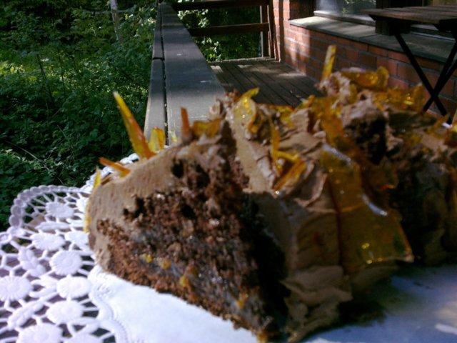 Suklaa-kinuski-lakka-kakku 4