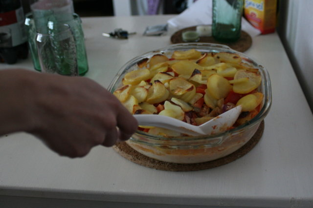 Kolmen sipulin lihaperunavuoka 2