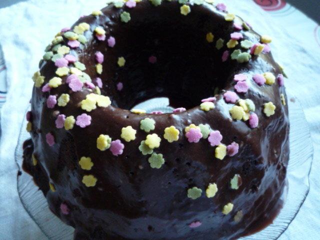 Kuorrutettu suklaakakku 2