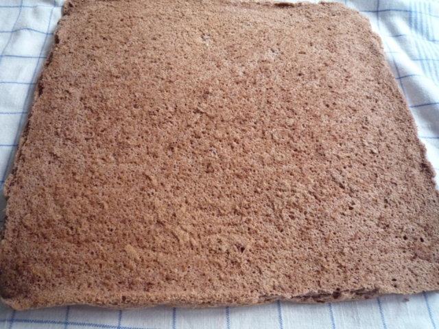 Reseptikuva: Gluteeniton suklaakääretorttu 3