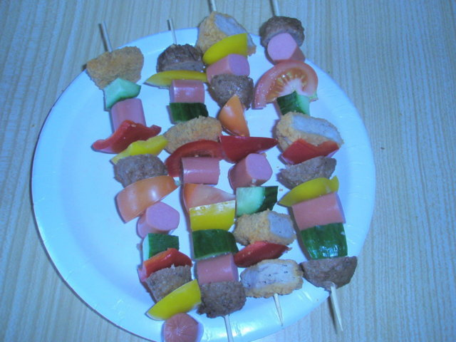 Täytetyt paprikat&vartaita grillissä 3