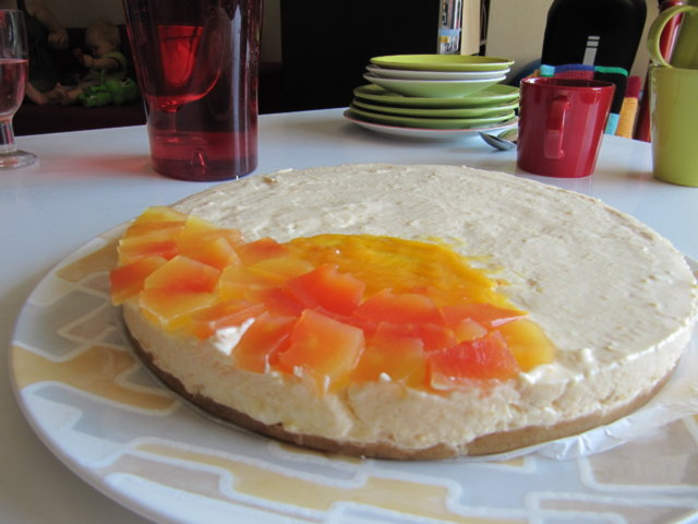Mango-papaija - juustokakku