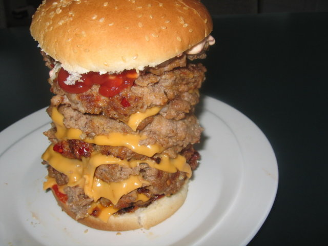 Reseptikuva: Tonniburger eli kilon torniburger 1