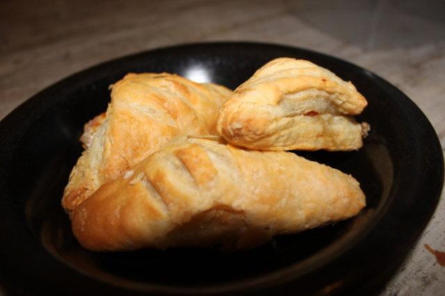 Kinkkujuusto pasteija