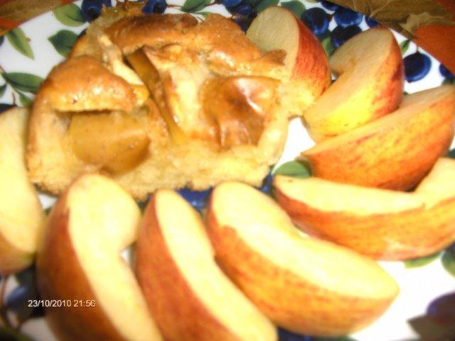 Helppo ja nopea omenakakku 2