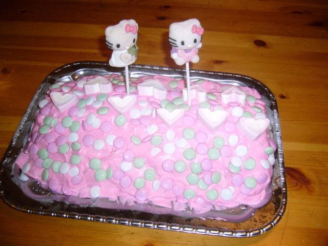 Hello Kitty - Jäätelökääretorttu 2