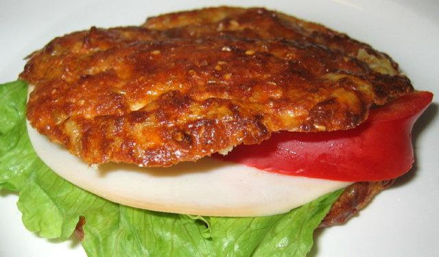 Mantelileipä/sämpylä/hampurilainen