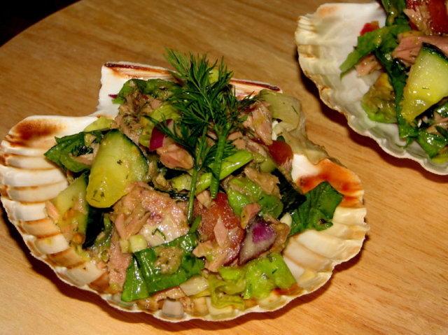 Reseptikuva: Avokado-Tonnikala Salaatti 1