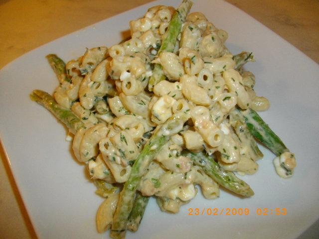 Kirpeä pastasalaatti 1