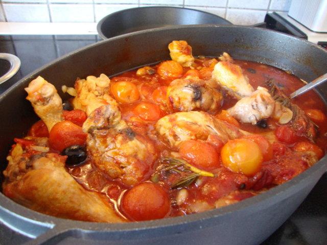 Tomaattinen broilerpata 1
