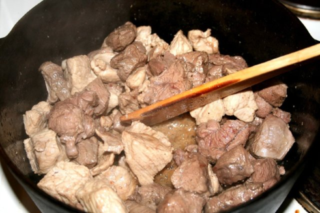 Metsänvartijan lihapata 3