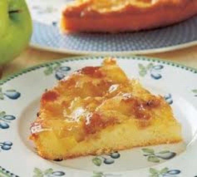 Omena Kakku