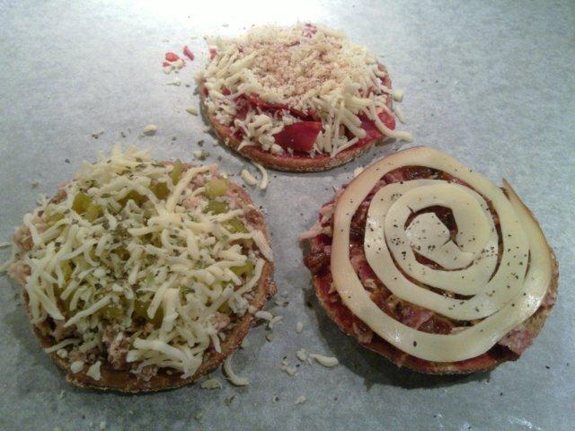 Reseptikuva: Kolme lämmintä leipää 3