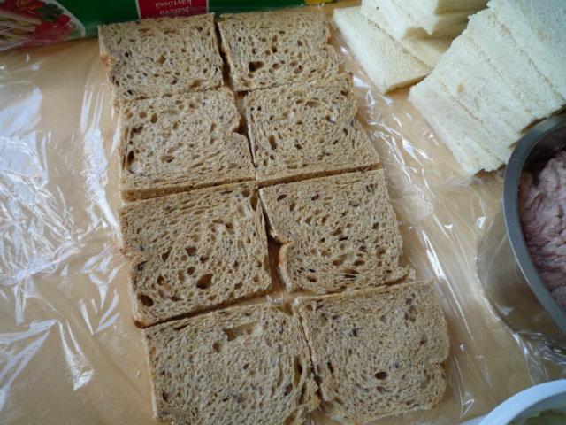 Lihaisa voileipäkakku 3