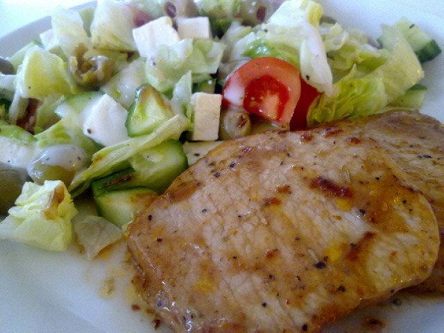 Possu salaatilla 1