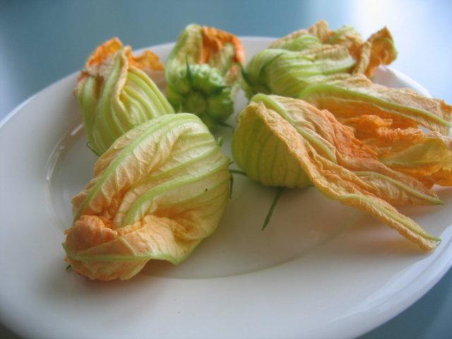 Riisipallerot - Supplì di riso con zafferano e fiori di zucchine 2