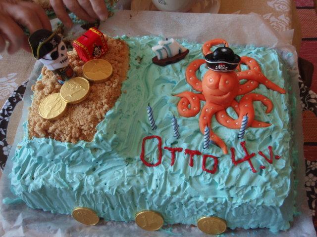 Merirosvo-kakku