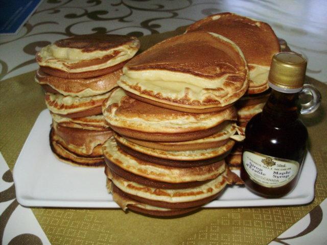 Pancakes (amerikkailaiset pannukakut) 1