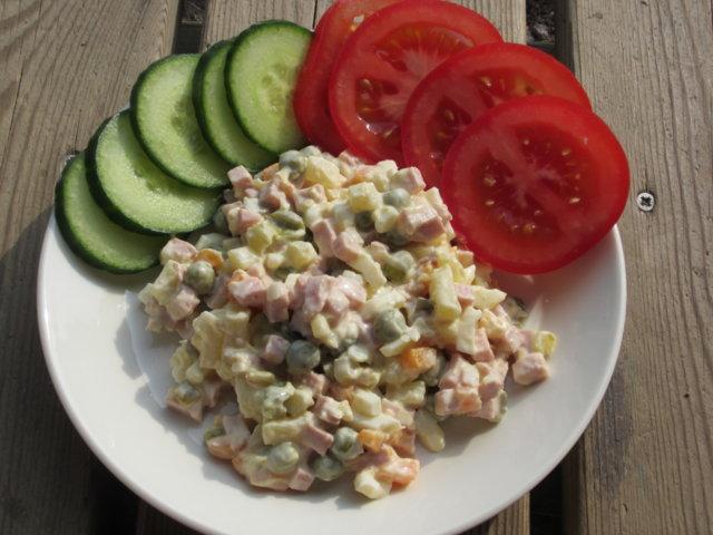 """Salaatti """"Olivje"""" by USSR 1"""