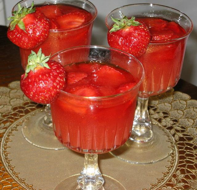 Meloni-Mansikkahyytelö 3