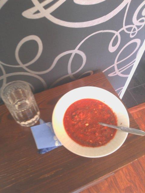 Reseptikuva: Kevyt tomaattikeitto 1