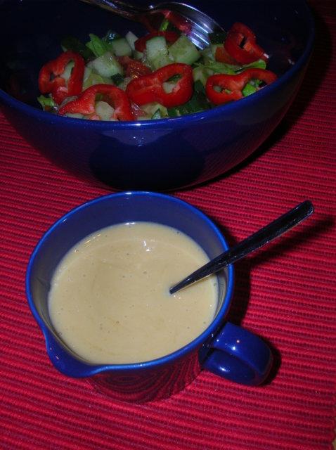 Reseptikuva: Sinappinen salaatinkastike 1