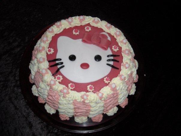 Hello kitty kakku 1