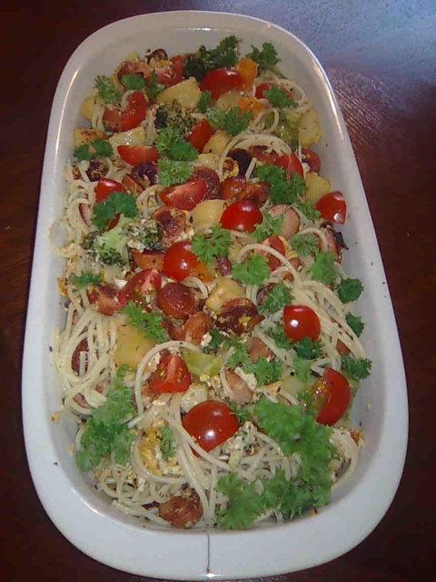 Nakki-Peruna-Spagetti paistos 2